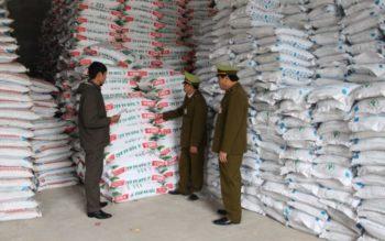 23 lô phân bón nhập khẩu vi phạm nhãn mác độ ẩm